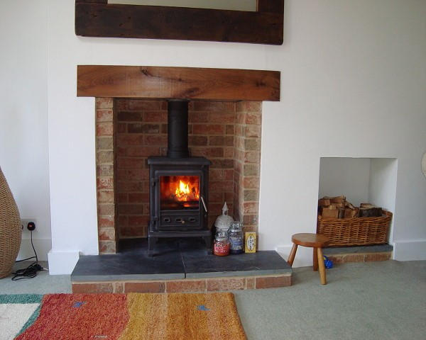 Fireplace fitters Oxfordshire for independent installers of various types of wood burning stoves